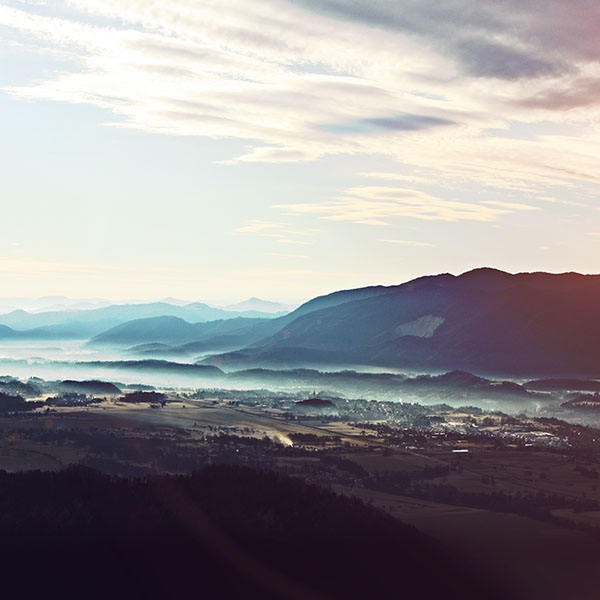 iPapers.co-Apple-iPhone-iPad-Macbook-iMac-wallpaper-nc13-landscape-mountain-summer-blue-nature-flare-wallpaper