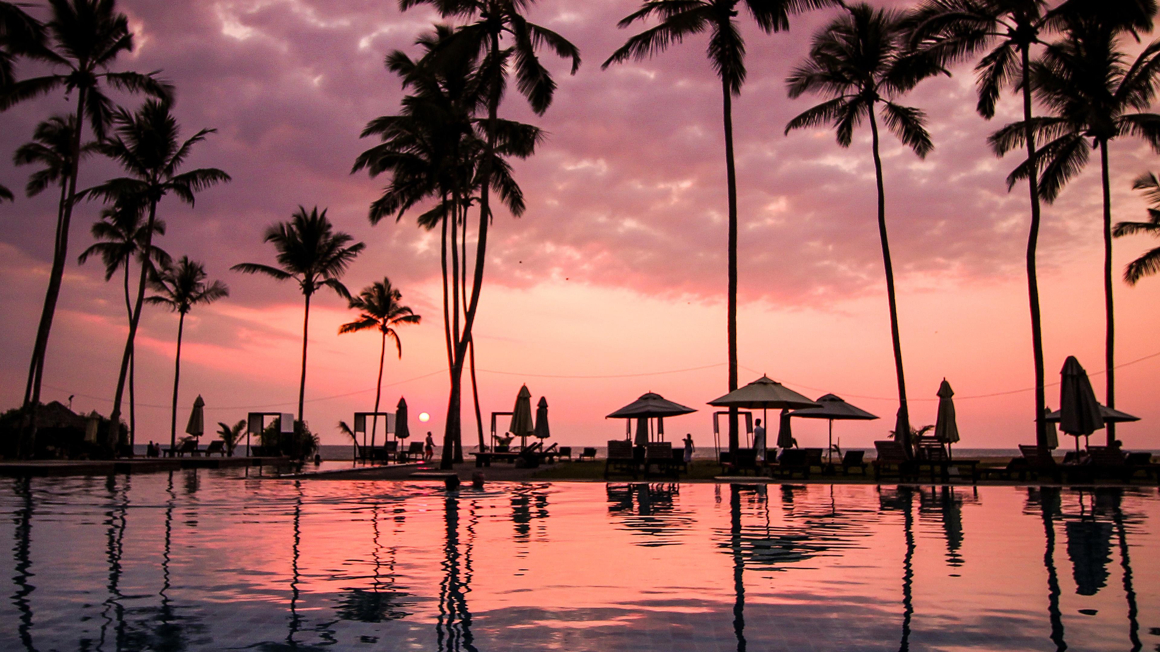 nd09-vacation-sunset-beach-happy-wallpaper