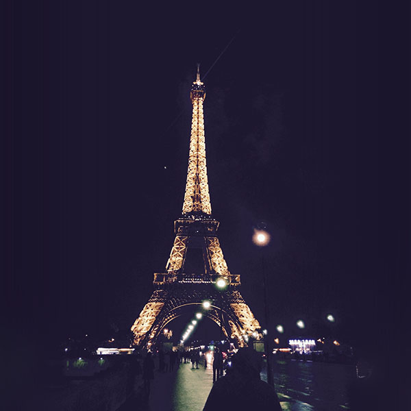 iPapers.co-Apple-iPhone-iPad-Macbook-iMac-wallpaper-nd27-paris-city-art-night-france-eiffel-tower-wallpaper