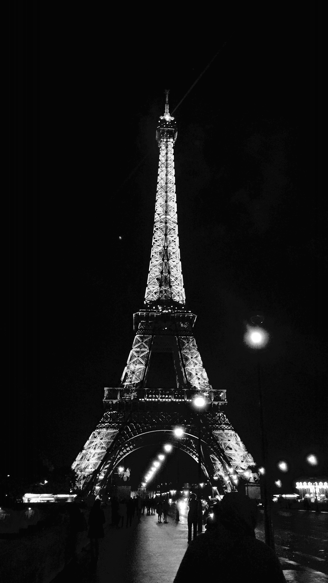 Nd29 Paris City Art Night France Eiffel Tower Dark Bw Wallpaper