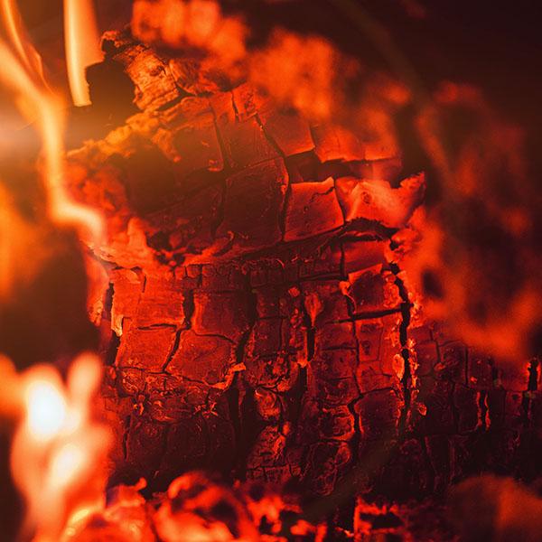 iPapers.co-Apple-iPhone-iPad-Macbook-iMac-wallpaper-nd62-fire-wood-red-dark-camping-hot-wallpaper