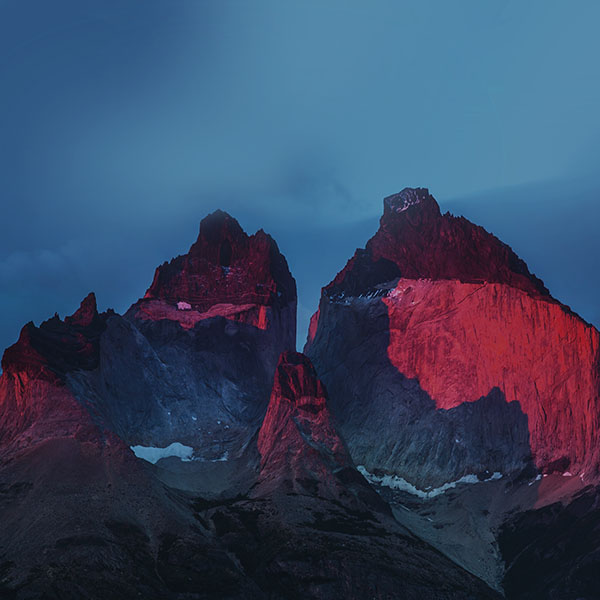 iPapers.co-Apple-iPhone-iPad-Macbook-iMac-wallpaper-nd73-yosemite-mountain-red-blue-nature-cold-apple-wallpaper