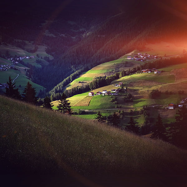 iPapers.co-Apple-iPhone-iPad-Macbook-iMac-wallpaper-ne04-hill-town-dark-nature-green-forest-flare-wallpaper
