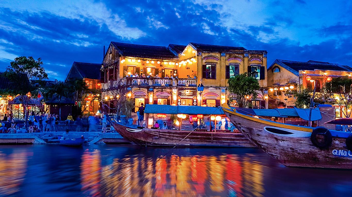 desktop-wallpaper-laptop-mac-macbook-air-ne18-boat-summer-vacation-party-blue-night-nature-wallpaper