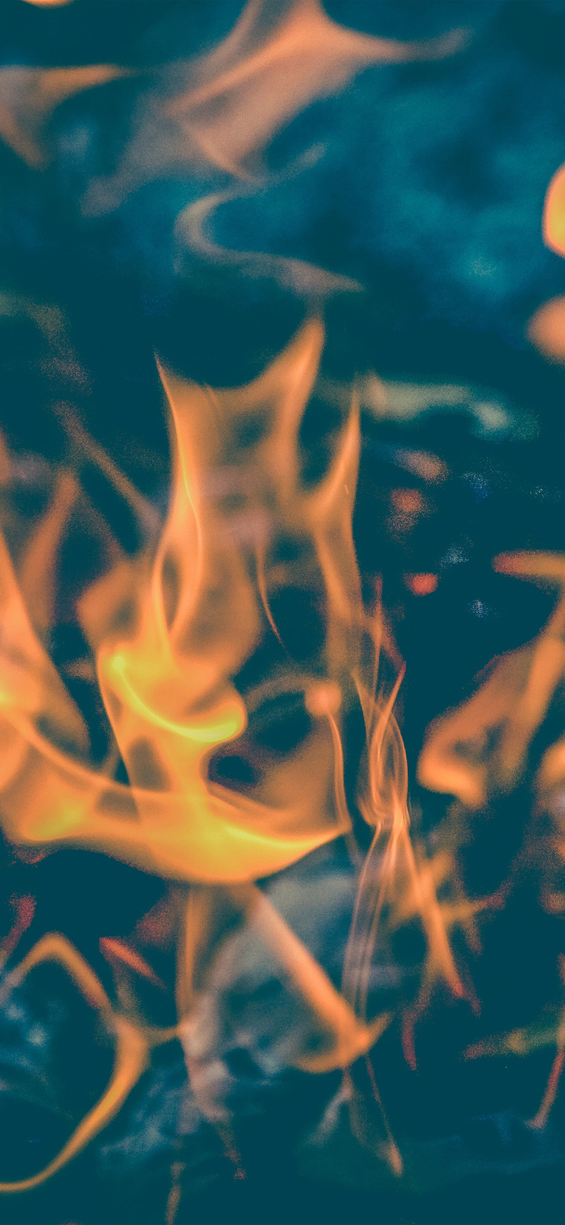 iPhoneXpapers.com-Apple-iPhone-wallpaper-ne42-fire-zoom-closeup-camping-night-fun-bokeh