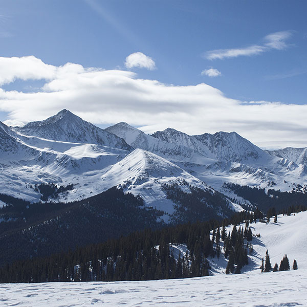 iPapers.co-Apple-iPhone-iPad-Macbook-iMac-wallpaper-ne54-snow-mountain-winter-sky-blue-nature-wallpaper