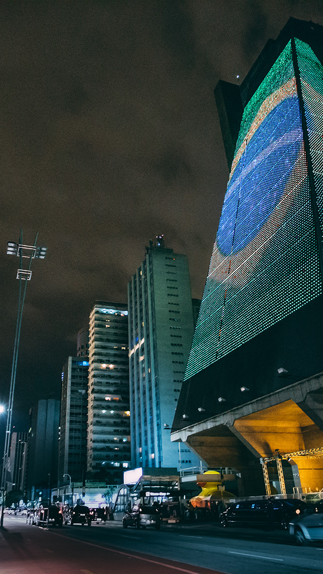 freeios8.com-iphone-4-5-6-plus-ipad-ios8-nf11-brazil-worldcup-city-dark-night