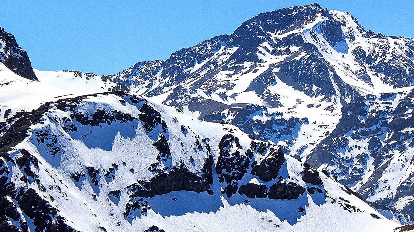 desktop-wallpaper-laptop-mac-macbook-air-nf18-white-snow-blue-mountain-winter-wallpaper