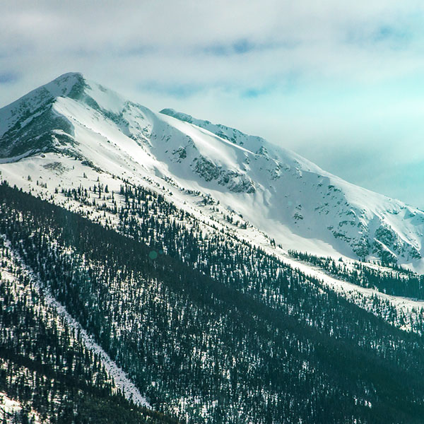 iPapers.co-Apple-iPhone-iPad-Macbook-iMac-wallpaper-nf25-snow-landscape-mountain-winter-wonderful-green-flare-wallpaper