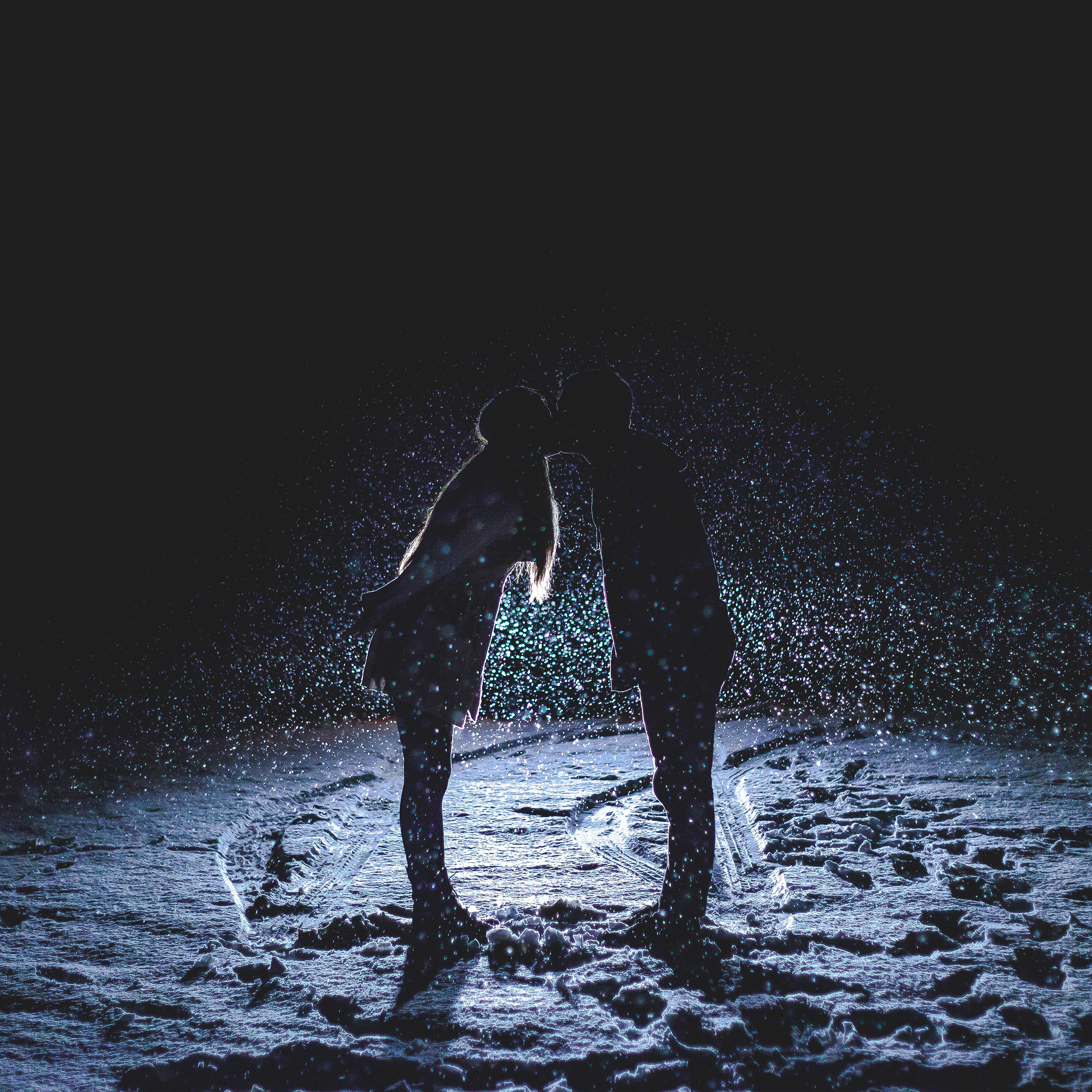 Androidpapersco Android Wallpaper Nf32 Kiss Love Dark Couple
