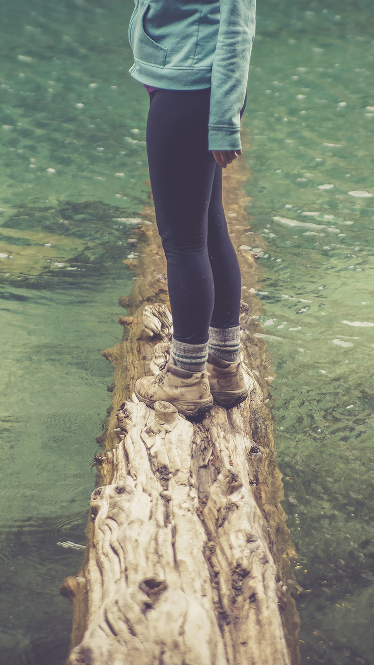 Papers.co-iPhone5-iphone6-plus-wallpaper-nf58-girlfriend-lake-green-nature-water-cold