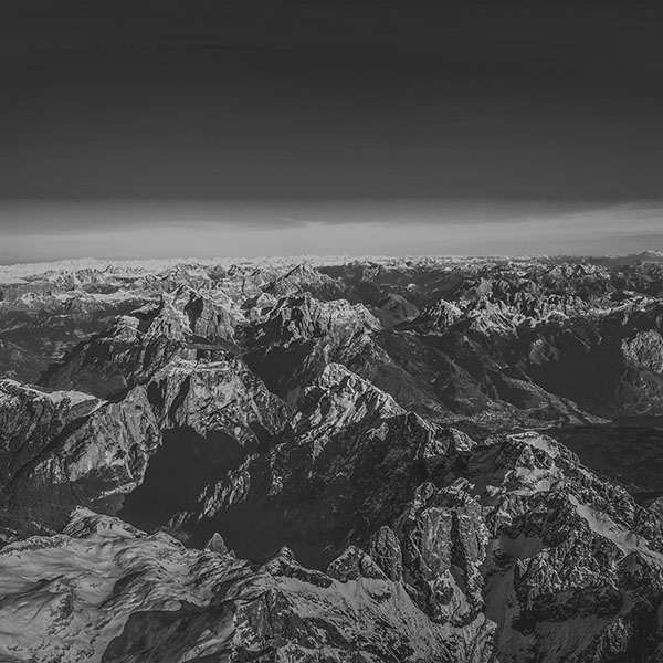 iPapers.co-Apple-iPhone-iPad-Macbook-iMac-wallpaper-nf62-winter-mountain-cold-sky-blue-nature-rock-fly-bw-dark-wallpaper