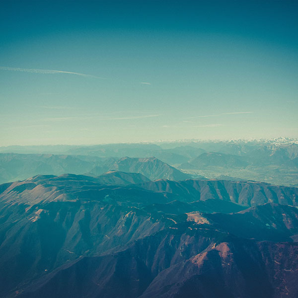 iPapers.co-Apple-iPhone-iPad-Macbook-iMac-wallpaper-nf99-mountain-view-sky-snow-blue-cool-nature-wallpaper
