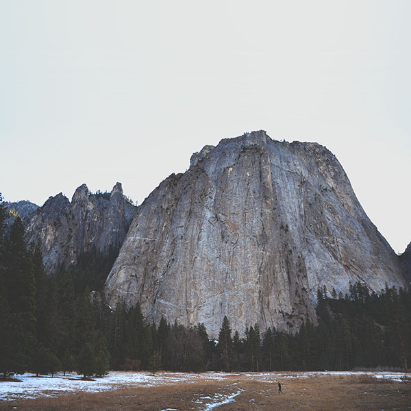 iPapers.co-Apple-iPhone-iPad-Macbook-iMac-wallpaper-ng01-rock-mountain-nature-wood-forest-wallpaper