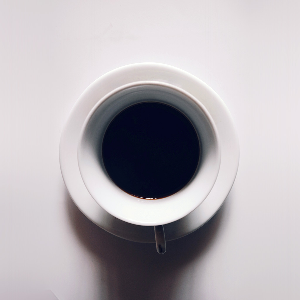 wallpaper-ng23-cup-coffee-simple-minimal-art-simple-white-wallpaper