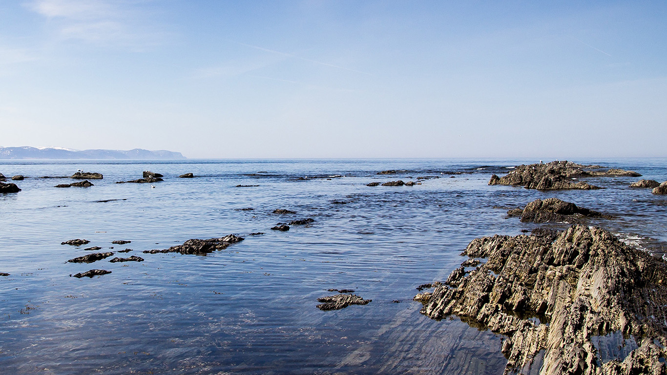 desktop-wallpaper-laptop-mac-macbook-air-ng24-sea-rock-ocean-beach-nature-summer-wallpaper