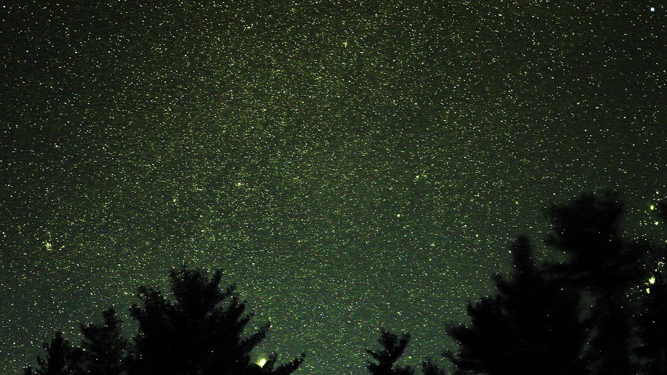 desktop-wallpaper-laptop-mac-macbook-air-ng58-night-sky-star-space-starry-wood-dark-green-romantic-wallpaper