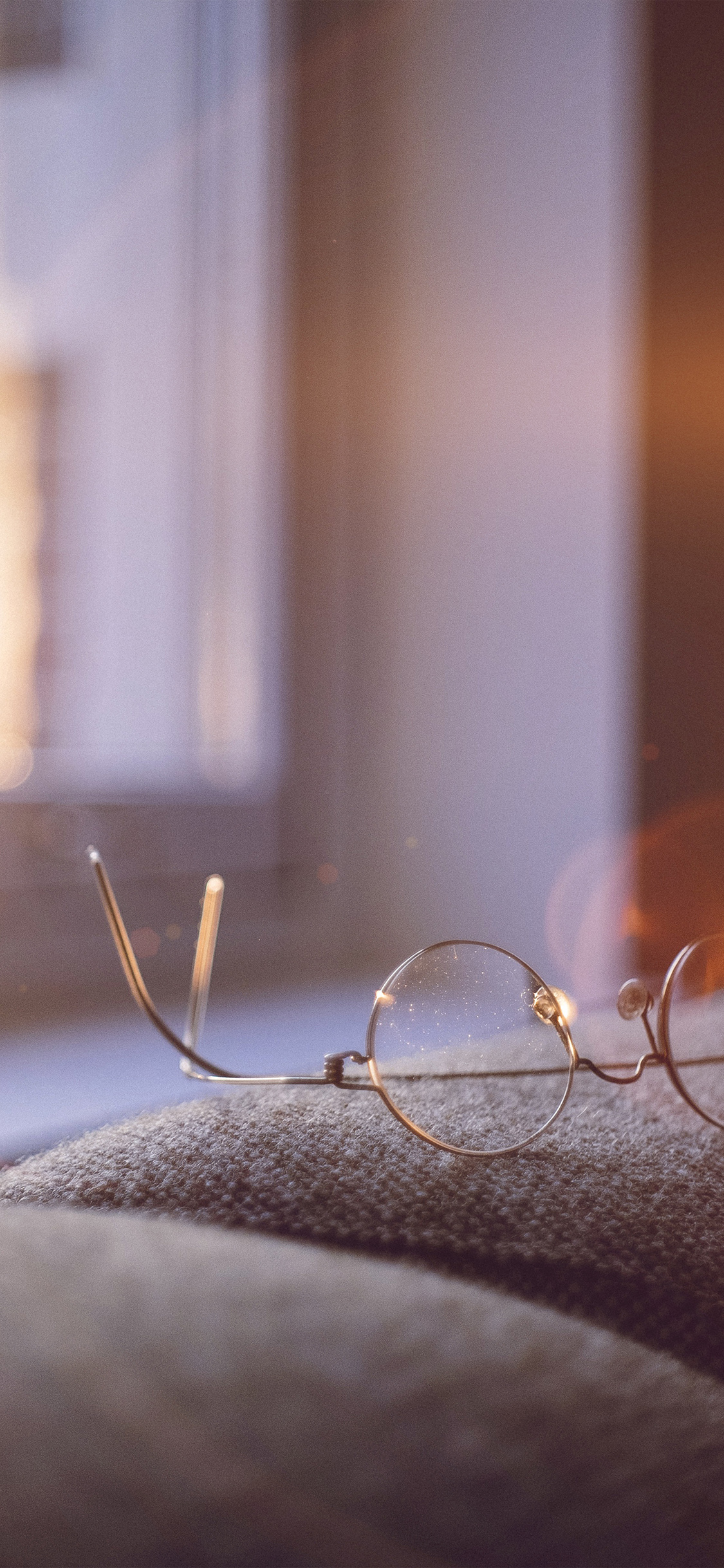 iPhoneXpapers.com-Apple-iPhone-wallpaper-nh01-lonely-quiet-day-home-glasses-sunlight-flare