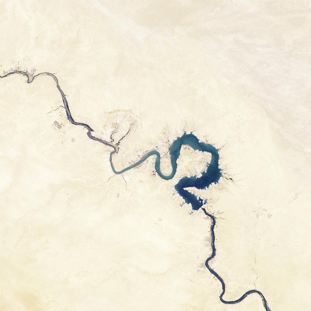 wallpaper-nh06-earthview-space-land-river-blue-wallpaper