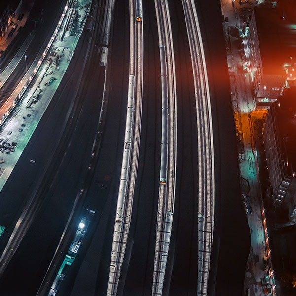 iPapers.co-Apple-iPhone-iPad-Macbook-iMac-wallpaper-nh42-cityview-street-train-blue-dark-night-flare-wallpaper