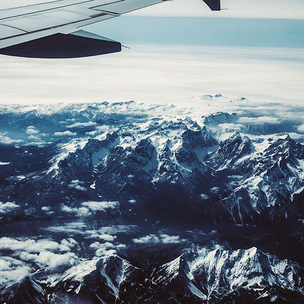 iPapers.co-Apple-iPhone-iPad-Macbook-iMac-wallpaper-nh43-airplane-sky-mountain-snow-ice-nature-wallpaper