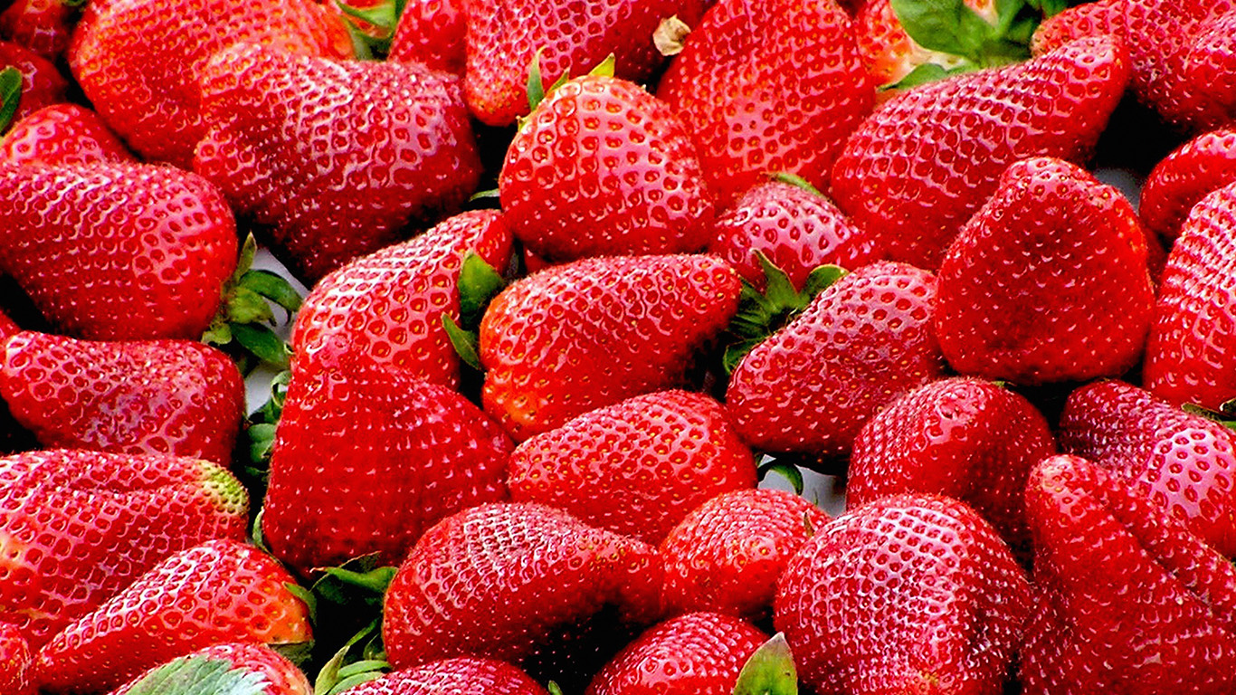 desktop-wallpaper-laptop-mac-macbook-air-nh61-red-strawberry-fruit-wallpaper
