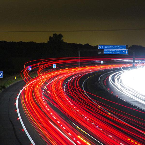 iPapers.co-Apple-iPhone-iPad-Macbook-iMac-wallpaper-nh62-night-road-light-red-car-street-wallpaper