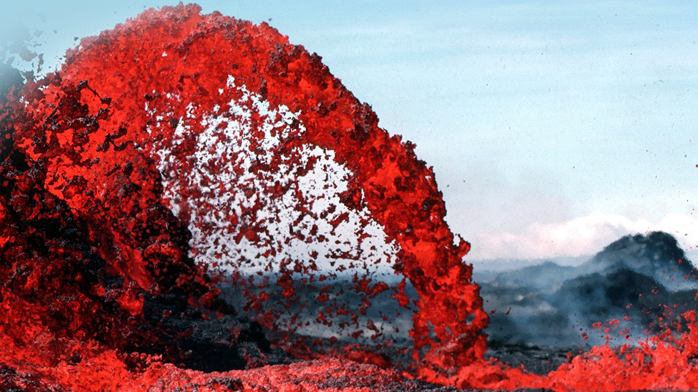 desktop-wallpaper-laptop-mac-macbook-air-nh70-lava-volcanic-magma-red-nature-fire-danger-mountain-wallpaper