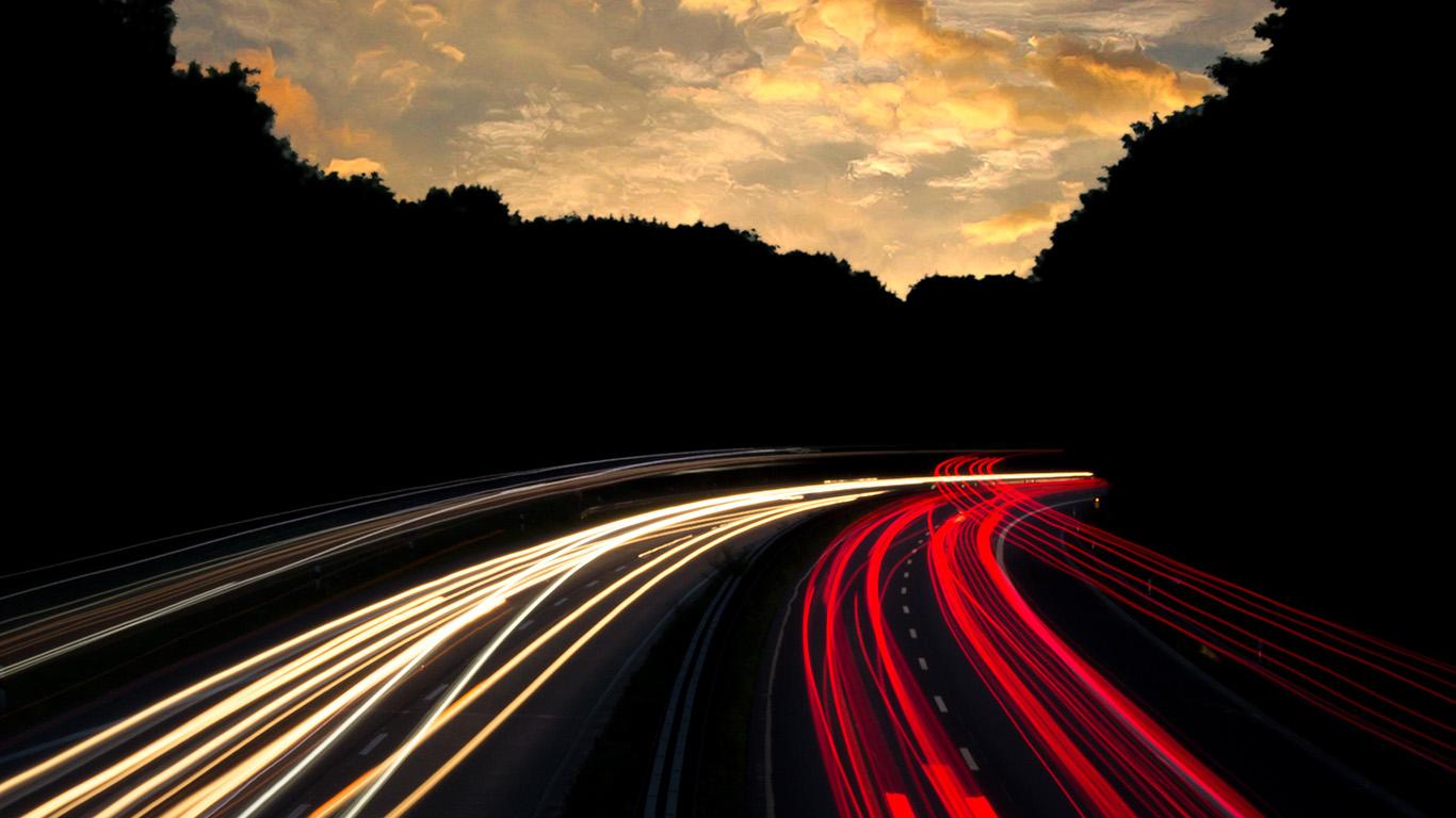 desktop-wallpaper-laptop-mac-macbook-air-ni07-night-drive-car-light-red-dark-wallpaper