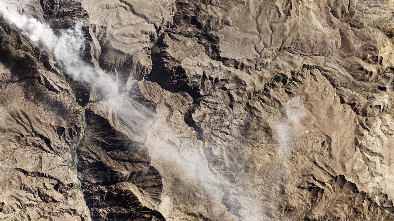 desktop-wallpaper-laptop-mac-macbook-air-nj09-earthview-landscape-mountain-nature-wallpaper