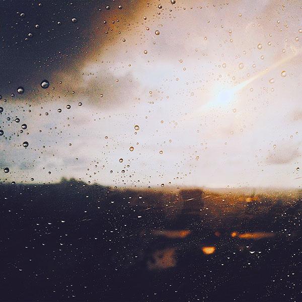 iPapers.co-Apple-iPhone-iPad-Macbook-iMac-wallpaper-nj57-rain-window-day-sunlight-bokeh-blue-wallpaper