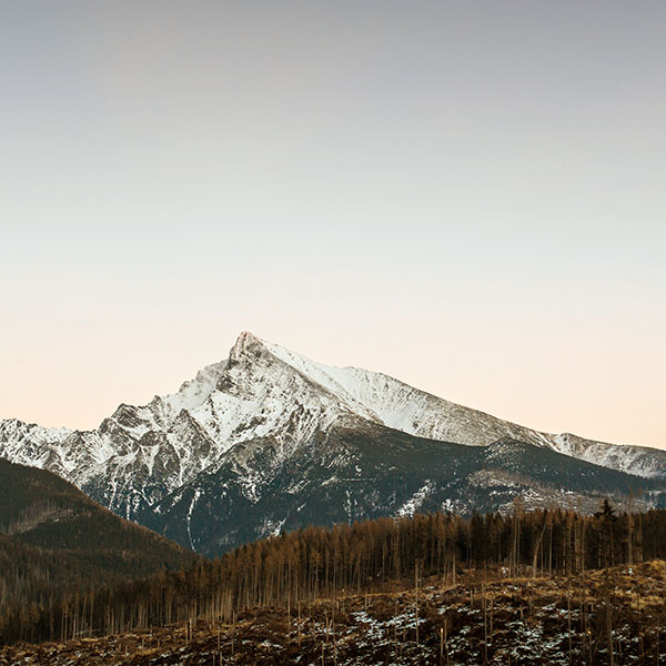 iPapers.co-Apple-iPhone-iPad-Macbook-iMac-wallpaper-nj62-mountain-simple-fall-snow-wallpaper