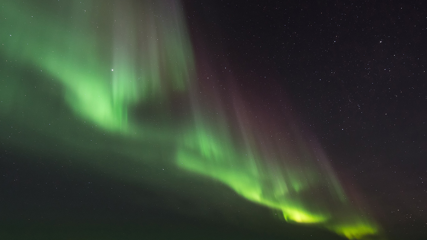 desktop-wallpaper-laptop-mac-macbook-air-nj72-aurora-night-sky-awesome-beautiful-wallpaper
