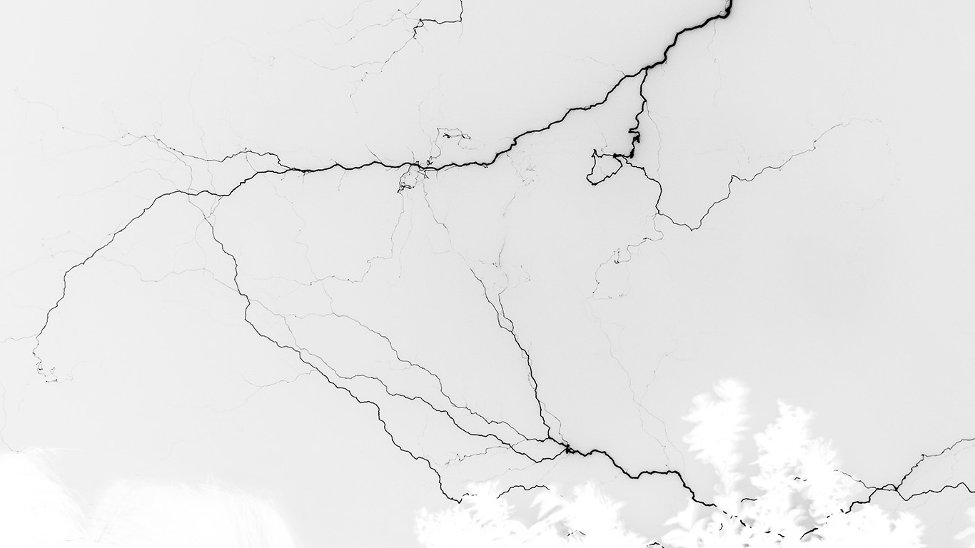 desktop-wallpaper-laptop-mac-macbook-air-nj85-thunder-bolt-sky-night-dark-lightning-white-wallpaper