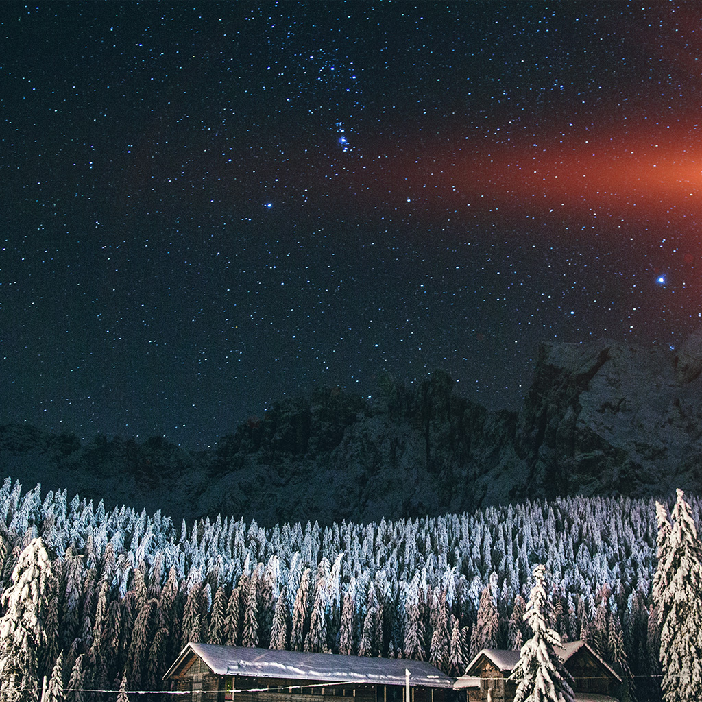 android-wallpaper-nk17-night-mountain-sky-space-star-cold-winter-blue-flare-wallpaper