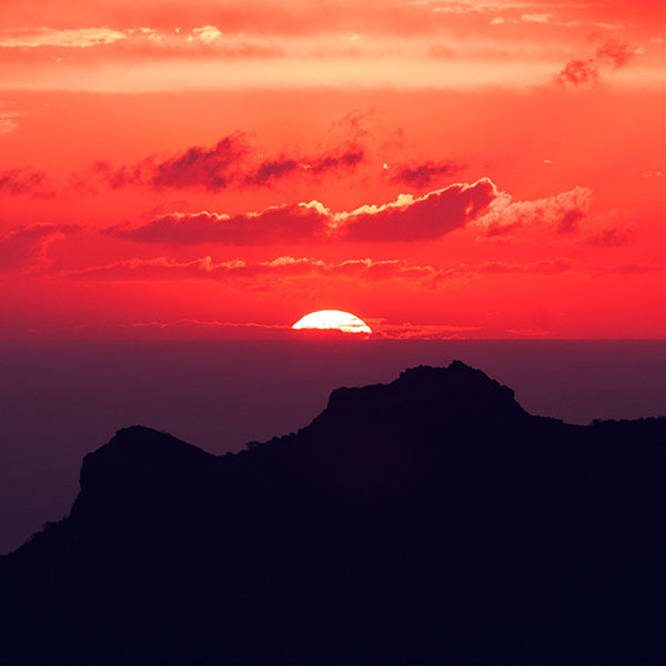 iPapers.co-Apple-iPhone-iPad-Macbook-iMac-wallpaper-nk19-canary-island-sunset-sky-mountain-nature-red-wallpaper