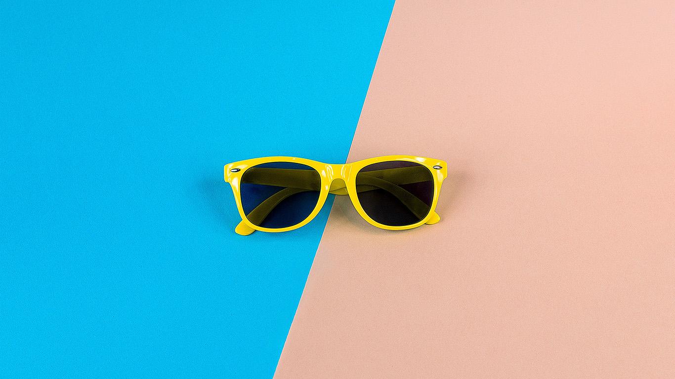 desktop-wallpaper-laptop-mac-macbook-air-nk47-minimal-glasses-pink-blue-yellow-wallpaper