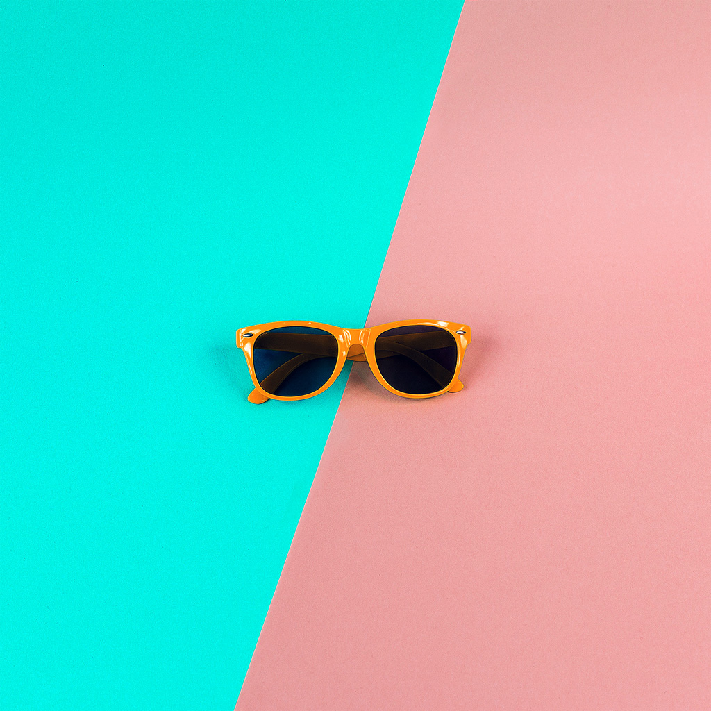 android-wallpaper-nk48-minimal-glasses-pink-green-wallpaper