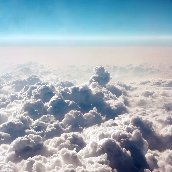 iPapers.co-Apple-iPhone-iPad-Macbook-iMac-wallpaper-nl54-cloud-sky-fly-blue-wallpaper