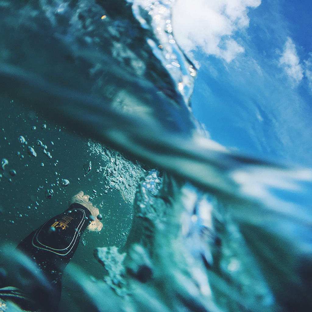 android-wallpaper-nl97-sea-blue-nature-swim-underwater-summer-wallpaper