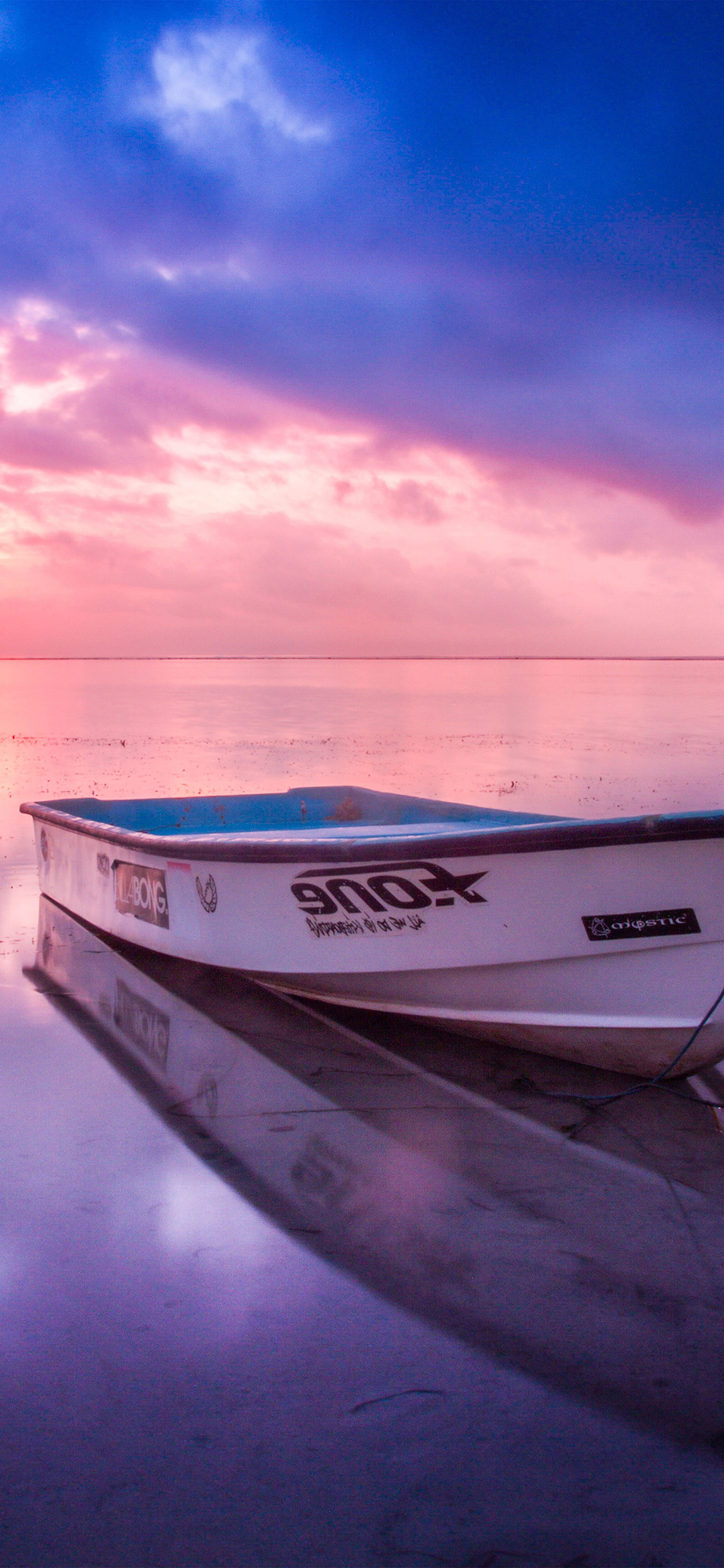 Iphonexpapers Com Iphone X Wallpaper Nl99 Nature Sea Beach Boat Alone Sunset Blue Pink