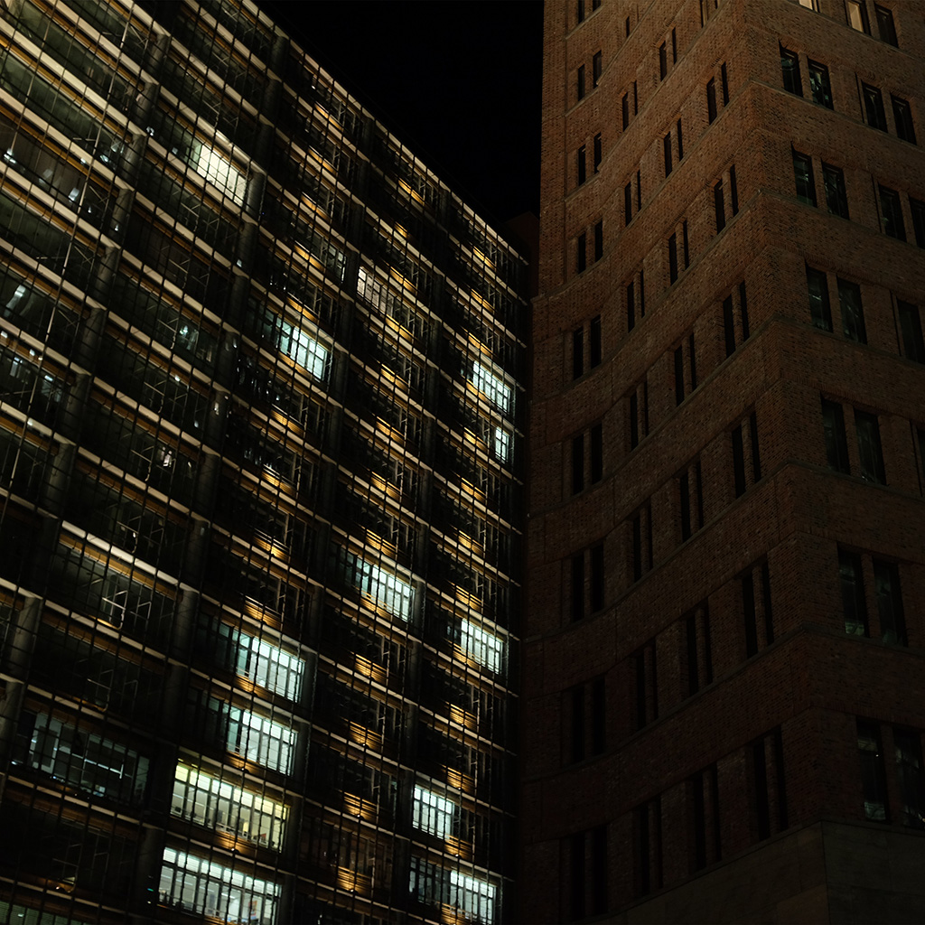android-wallpaper-nm24-building-city-night-dark-architecture-wallpaper