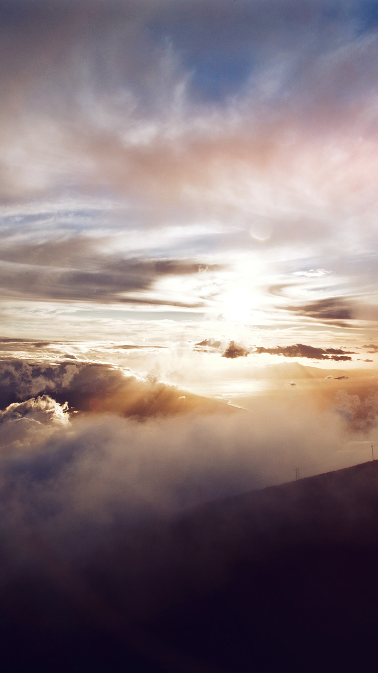iPhone7papers.com-Apple-iPhone7-iphone7plus-wallpaper-nm33-cloud-summer-mountain-fog-nature-flare