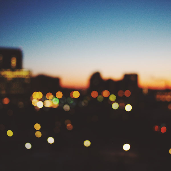 iPapers.co-Apple-iPhone-iPad-Macbook-iMac-wallpaper-nm99-light-bokeh-sunset-city-wallpaper