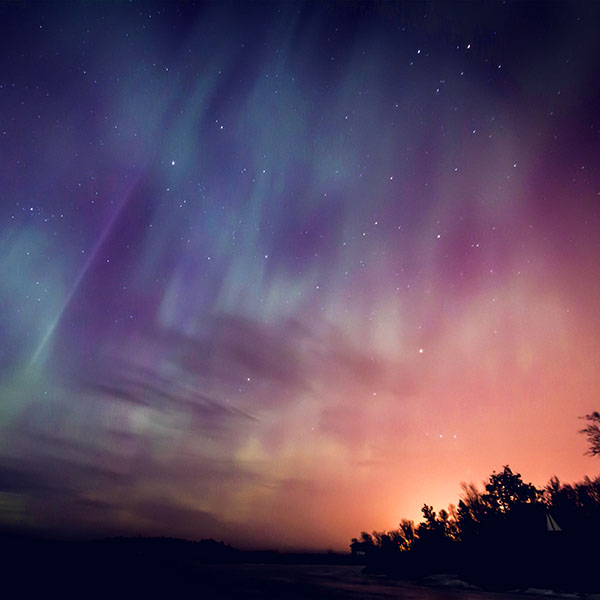 iPapers.co-Apple-iPhone-iPad-Macbook-iMac-wallpaper-nn30-space-aurora-night-sky-red-color-wallpaper