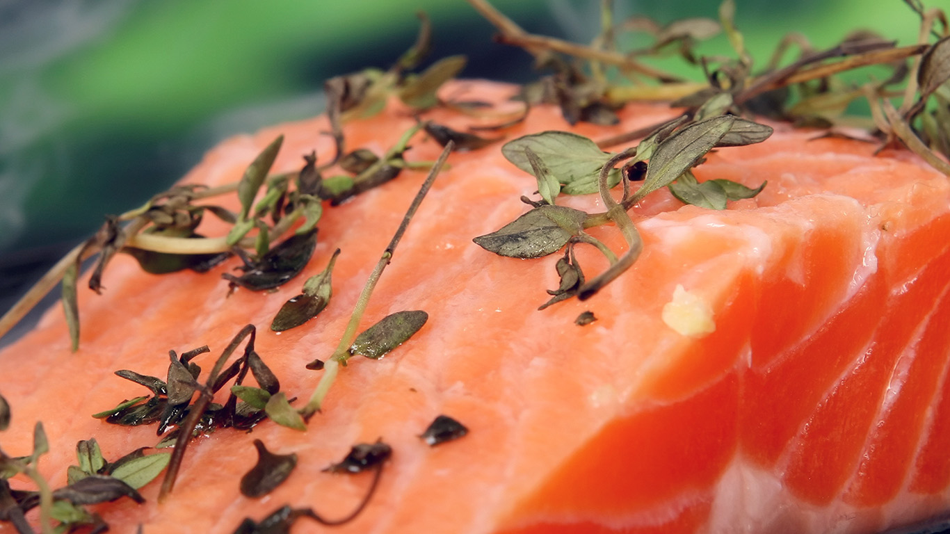 desktop-wallpaper-laptop-mac-macbook-air-no30-salmon-food-bokeh-nature-wallpaper