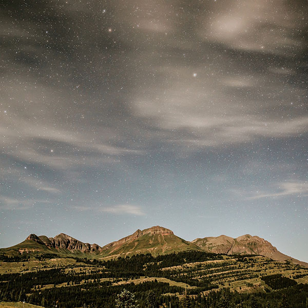 iPapers.co-Apple-iPhone-iPad-Macbook-iMac-wallpaper-no38-night-mountain-sky-star-summer-nature-wallpaper