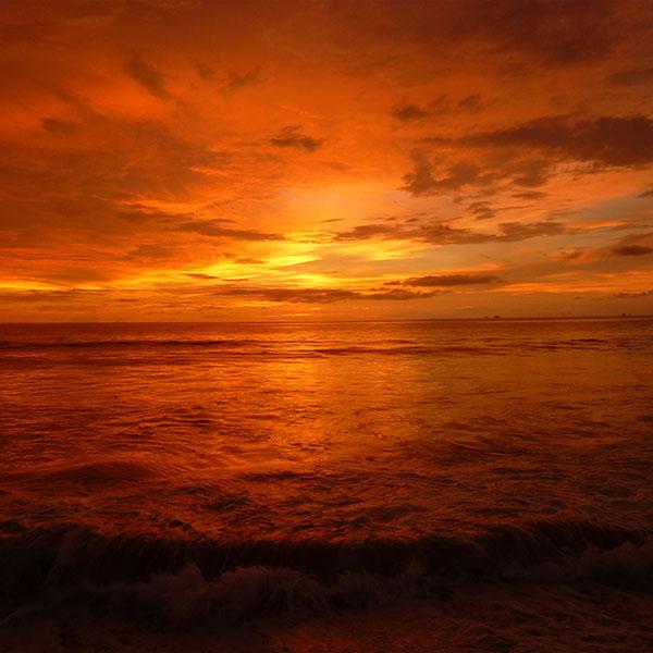 iPapers.co-Apple-iPhone-iPad-Macbook-iMac-wallpaper-no71-night-cloud-sea-sunset-nature-wallpaper
