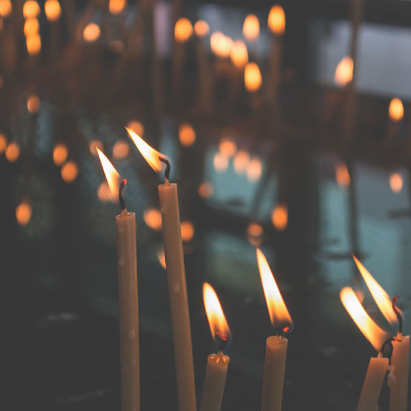 iPapers.co-Apple-iPhone-iPad-Macbook-iMac-wallpaper-no79-bokeh-candle-light-nature-wallpaper