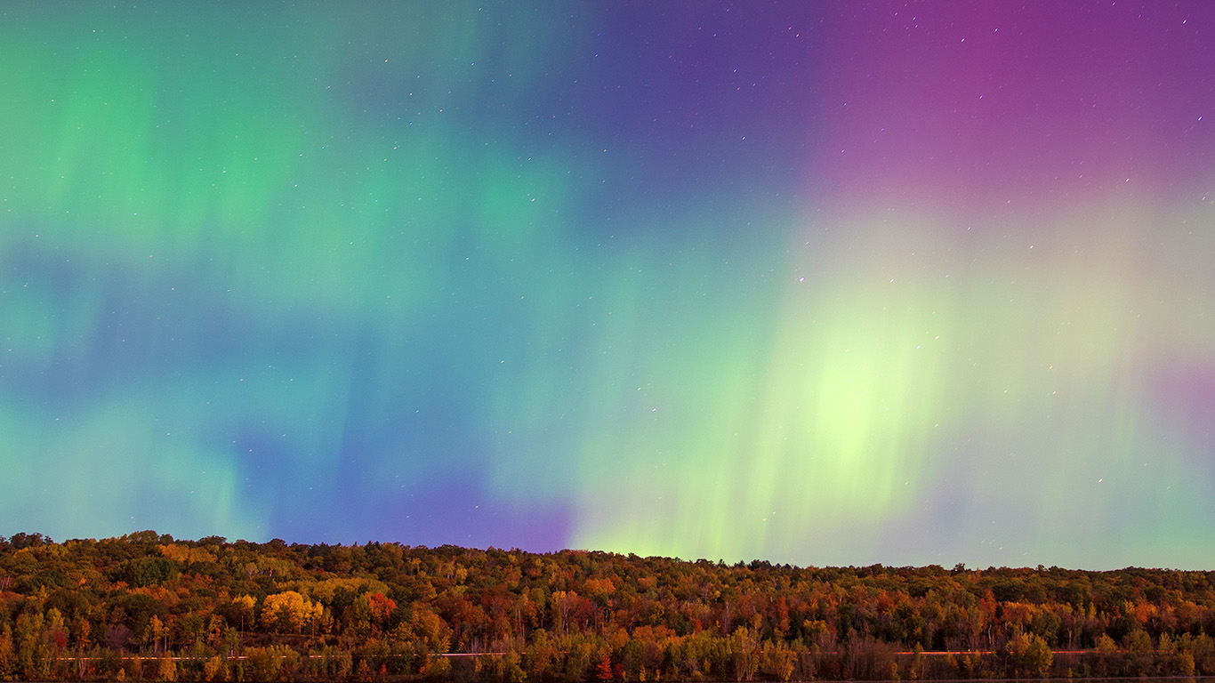 desktop-wallpaper-laptop-mac-macbook-air-no82-aurora-night-sky-nature-wallpaper